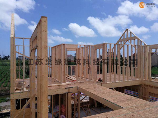 南通私人木结构别墅项目施工至结构二层