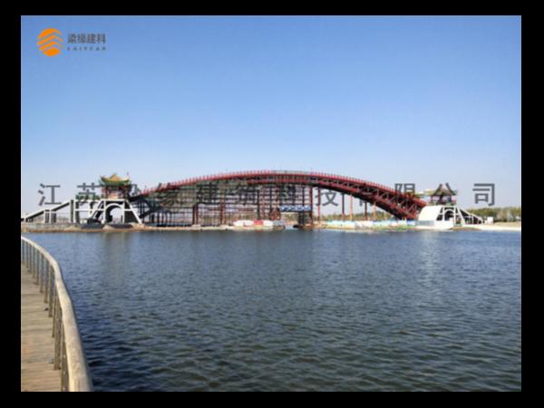 山东单跨木质景观桥梁项目顺利竣工
