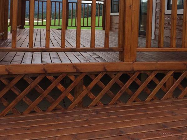 木屋别墅选择防腐木标准